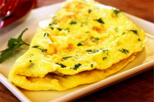omelette aux tomates sechées à l'huile - solo food