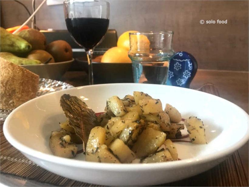 pommes de terre au thym et à l'ail (à la poêle)