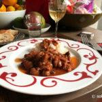 Petites seiches aux oignons et au vin rouge (soupies krassates)