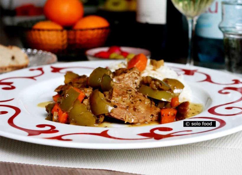 Veau citronné à la moutarde, poivrons, carottes, origan - solo food