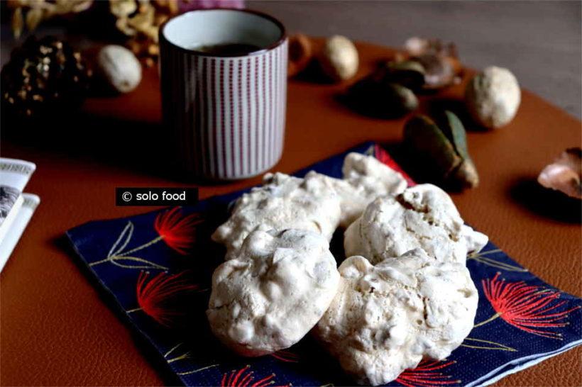 biscuits italiens aux épices et fruits secs