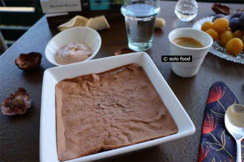 gâteau au chocolat (sans farine) et à la chantilly de nutella