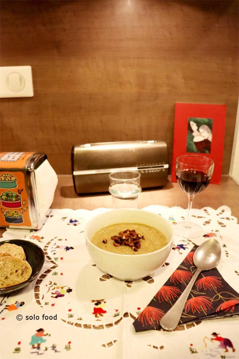 soupe aux deux céleri pomme et noisettes
