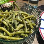 Haricots verts à la vapeur, à l'ail semoule et au vinaigre balsamique aux figues